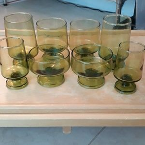 8 vintage green glasses